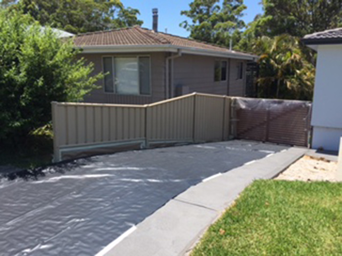 colorbond-fence-before